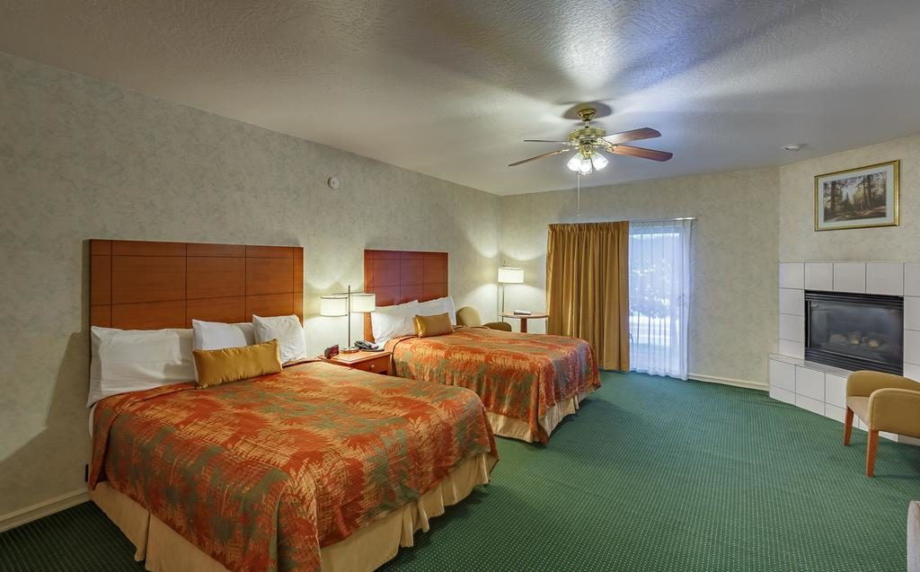 Quarto duplo do hotel Miners Inn, em Mariposa - CA