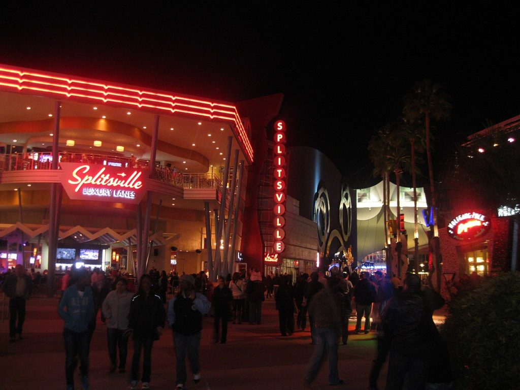 Foto de entrada do Splitsville Luxury Lanes em Anaheim
