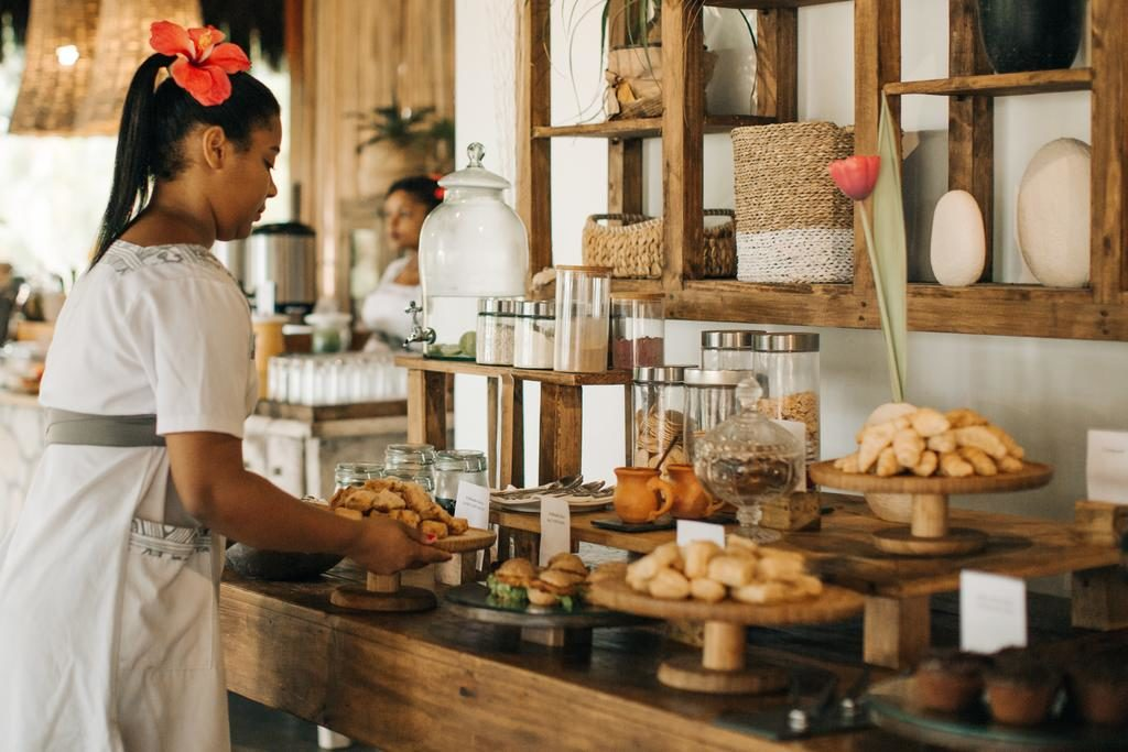 café da manhã na Vila dos Orixás Boutique Hotel