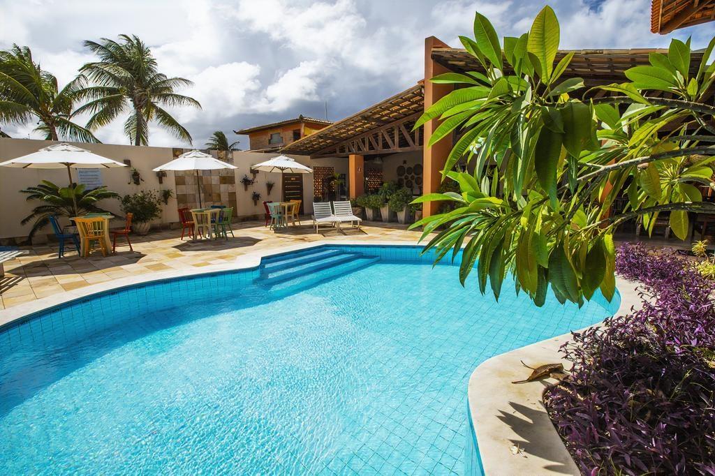 Piscina no Vivá Barra Hotel Pousada em Barra de São Miguel
