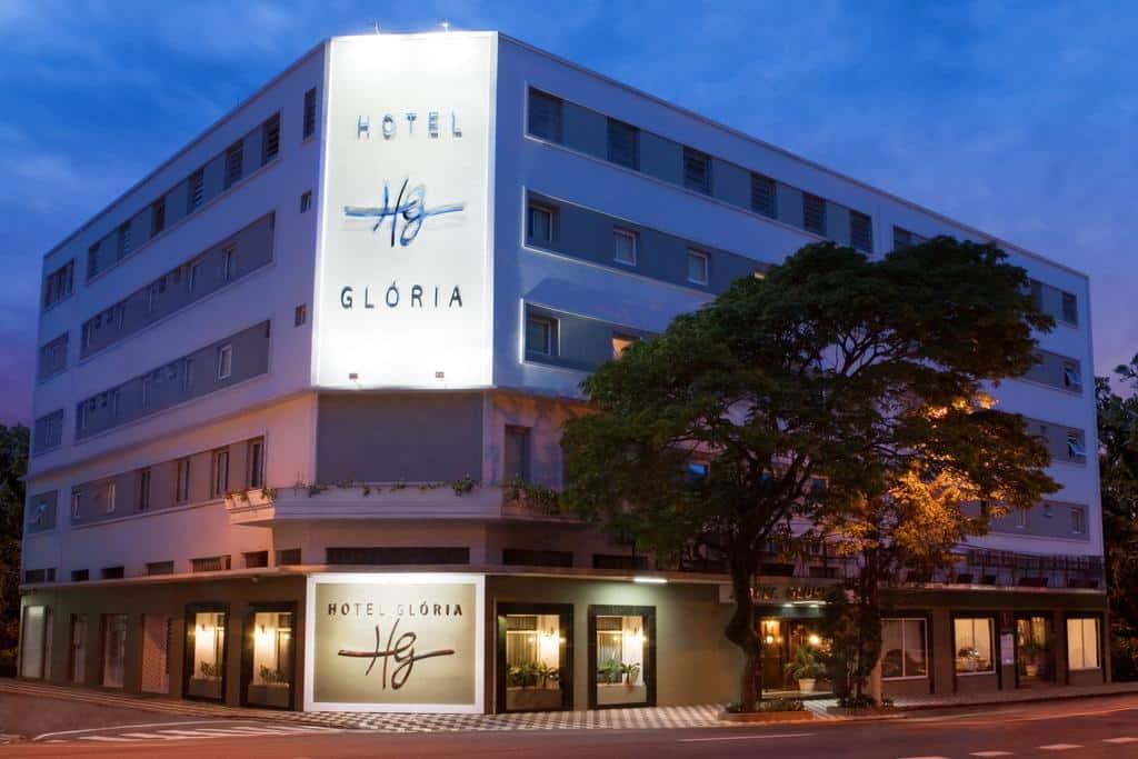 A fachada do Hotel Glória em Blumenau