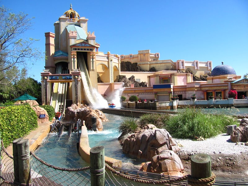 Atração Journey to Atlantis do SeaWorld Orlando