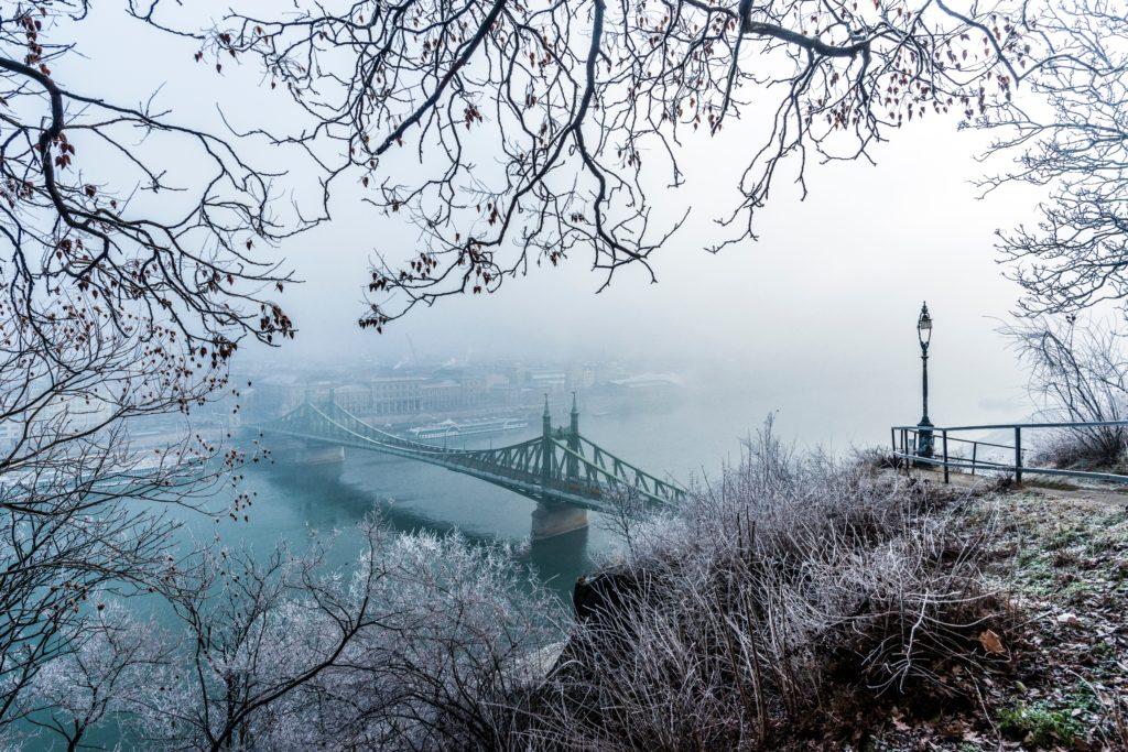 Ponte da Liberdade em Budapeste, capital da Hungria
