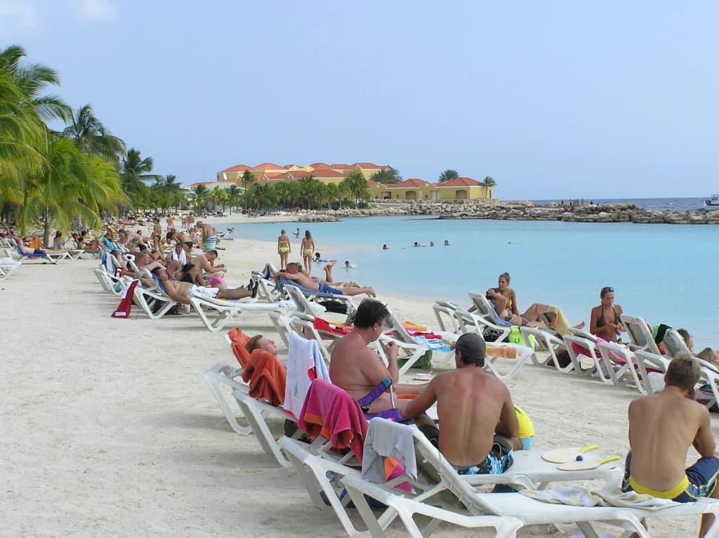 Mambo Beach - Foto: tom jervis via Flickr