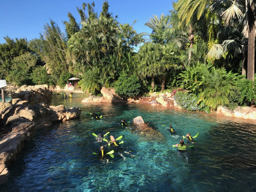 Wind-Away River, rio artificial de correnteza leve no Discovery Cove Orlando