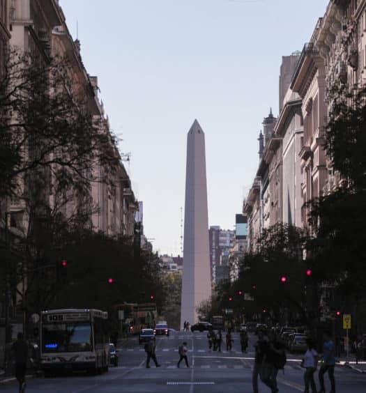 vista central do obelisco buenos aires de buenos aires na argentina