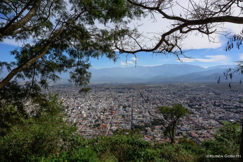 cerro san bernardo em salta como um dos pontos turisticos argentina