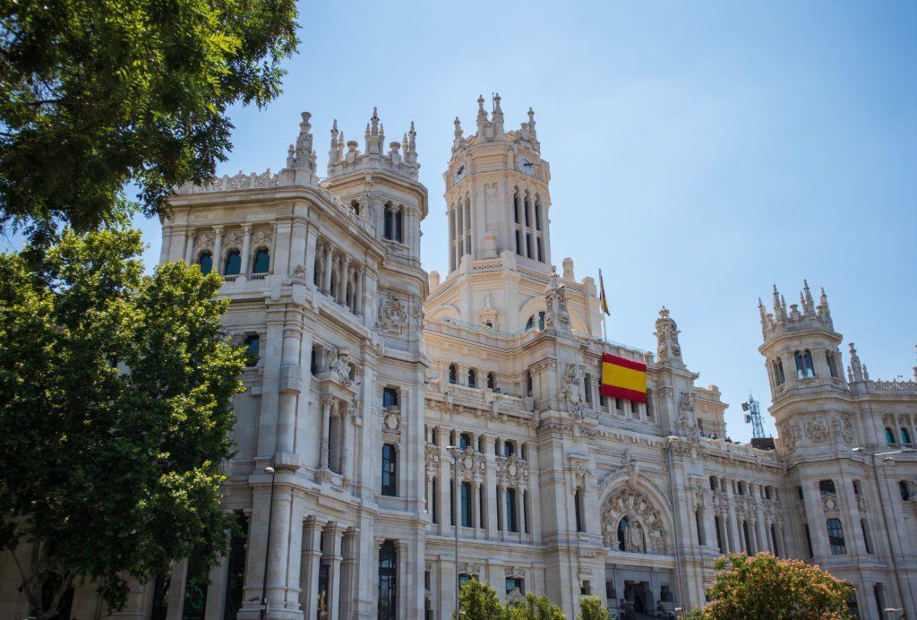 chip de celular com internet no palacio de cibeles na espanha