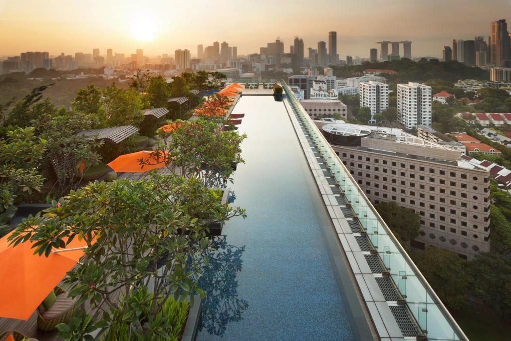 Piscina com vista no Hotel Jen by Shangri-al - hotéis 5 estrelas singapura