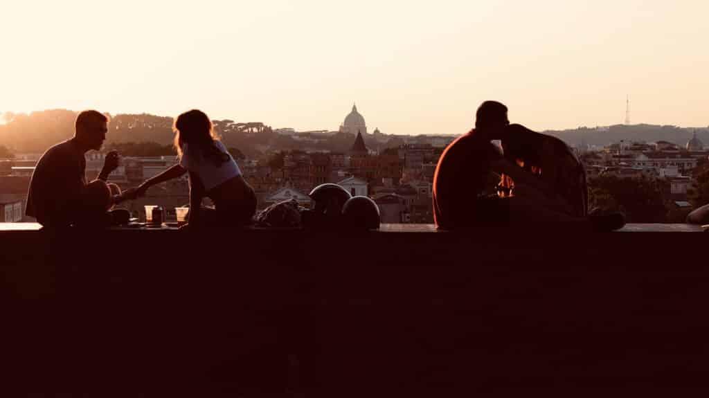 Que tal curtir um final de tarde super romântico no Parque Savello em Roma