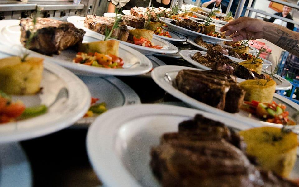 pratos principais do jantar tango porteño em buenos aires
