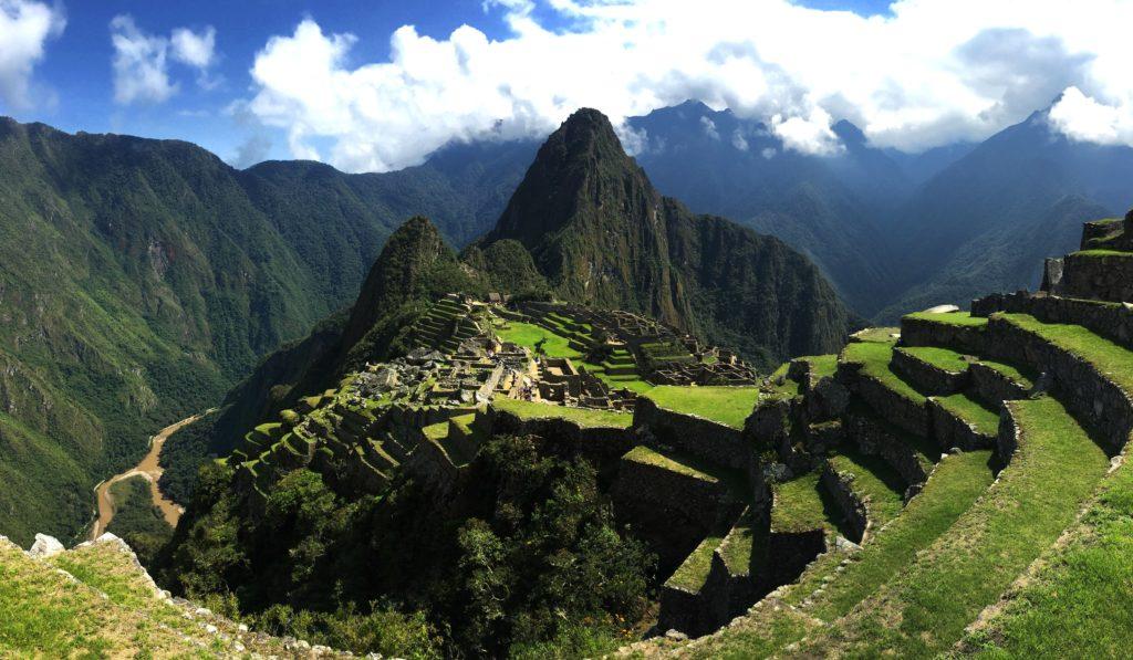 Cidade de Machu Picchu na montanha