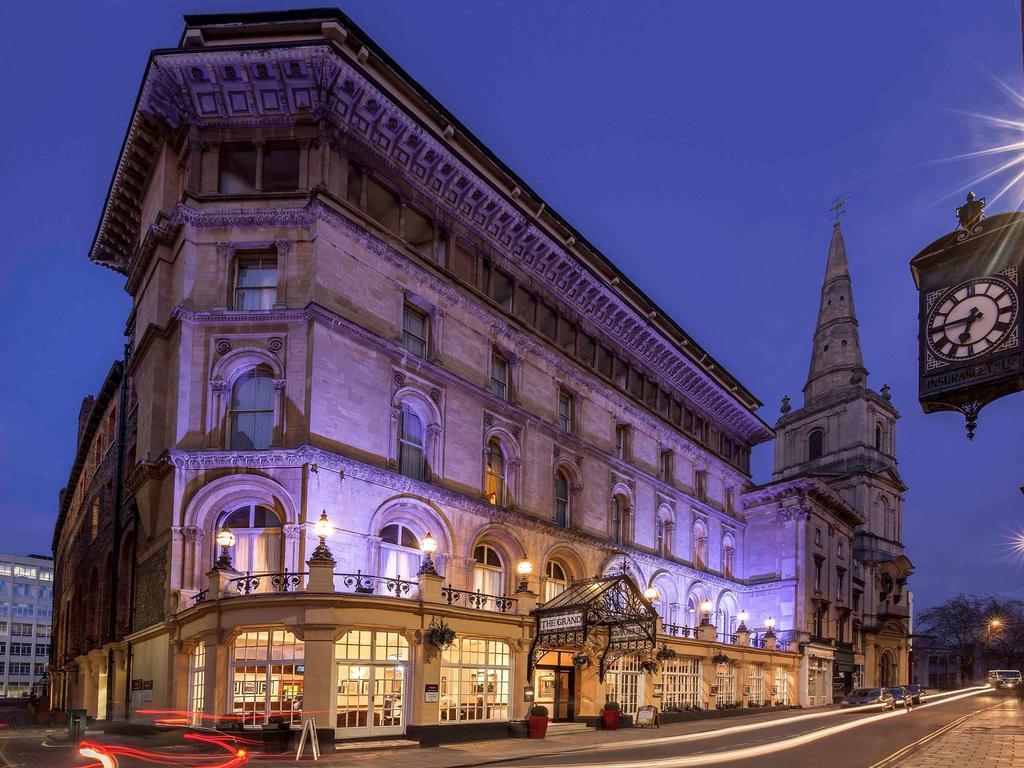 Fachada do Mercure Grand Hotel Bristol