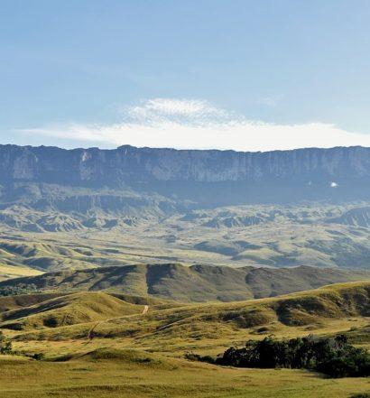 Monte Roraima ao longe