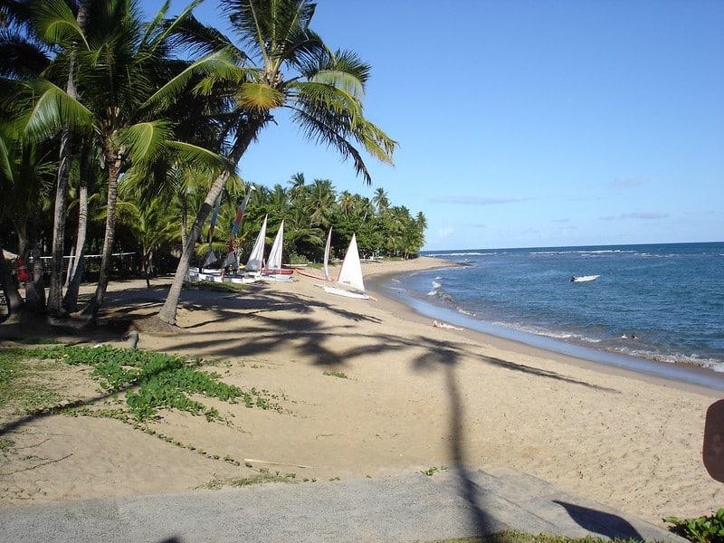Praia na Praia do Forte, na Bahia