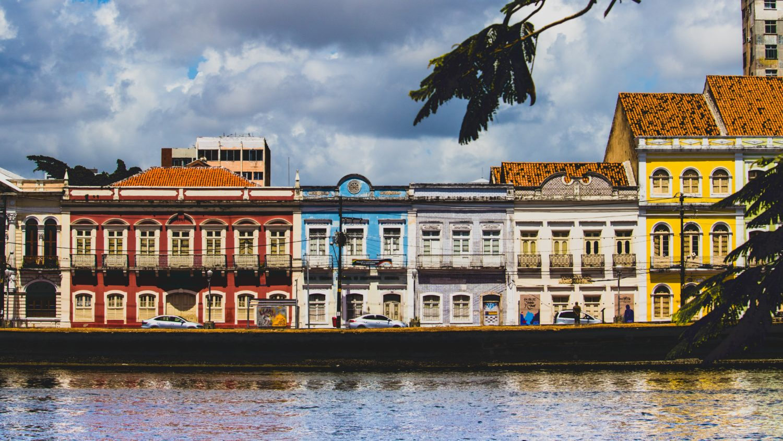 Prédios de arquitetura holandesa em Recife
