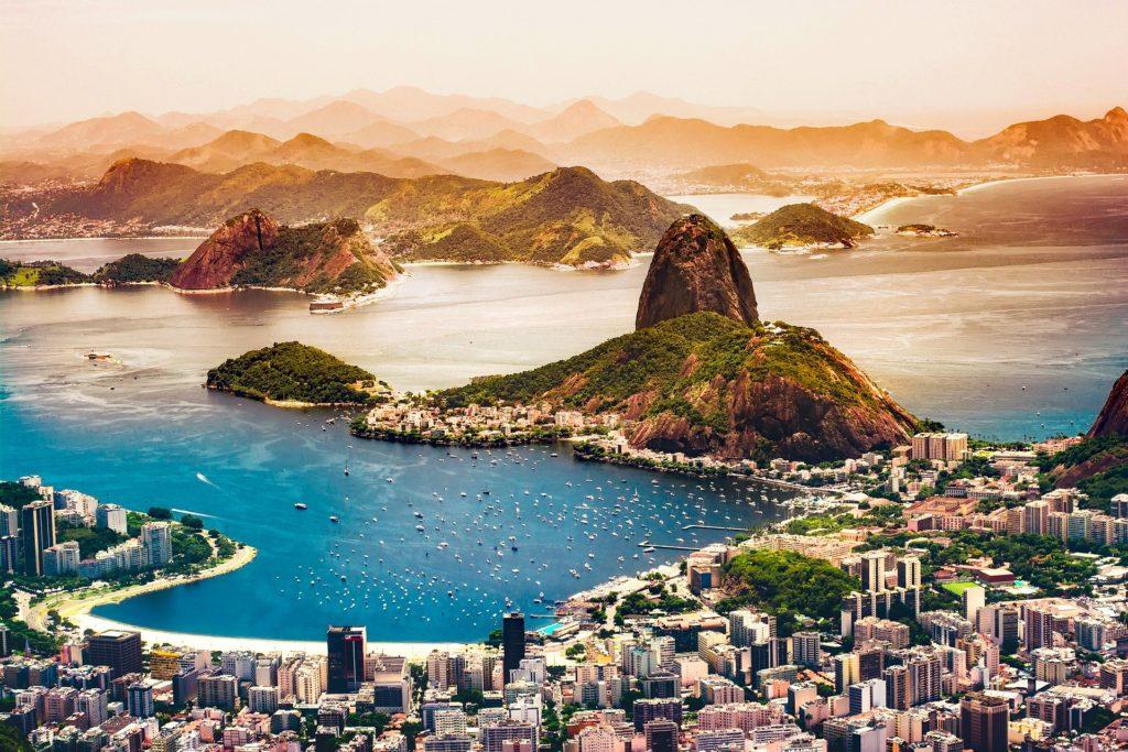 A cidade do Rio de Janeiro, um dos principais pontos turísticos do Brasil