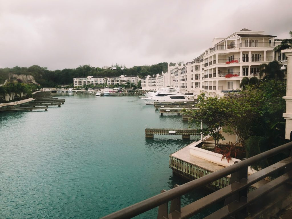 Port Ferdinand Barbados - Luxuoso Iate & Beach Club Resort