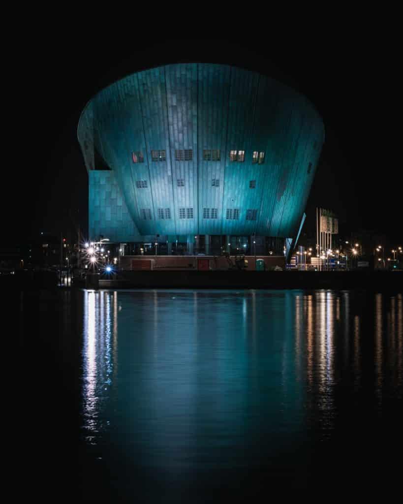 Museu de Ciência Nemo em Amsterdam