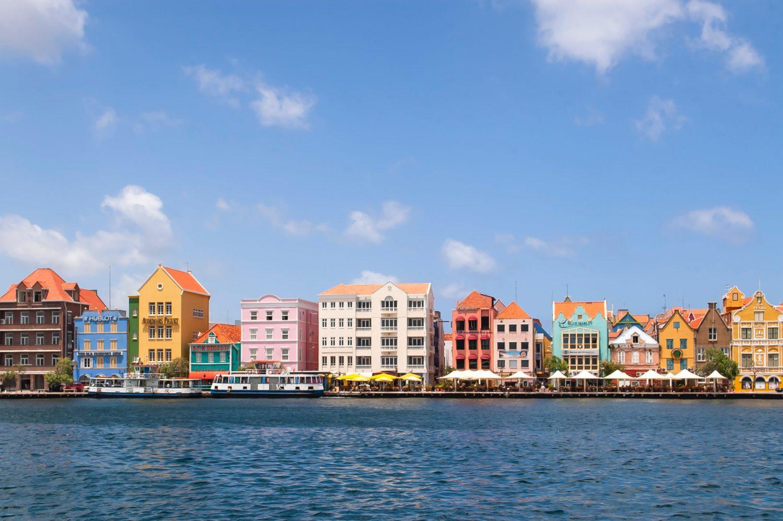 Cidade de Willemstad em Curaçao