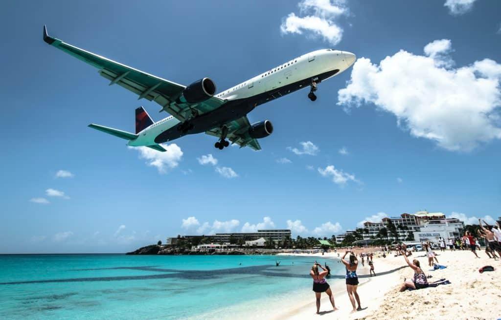 Aeroporto Internacional Princesa Juliana (SXM) em Sint Maarten no Caribe