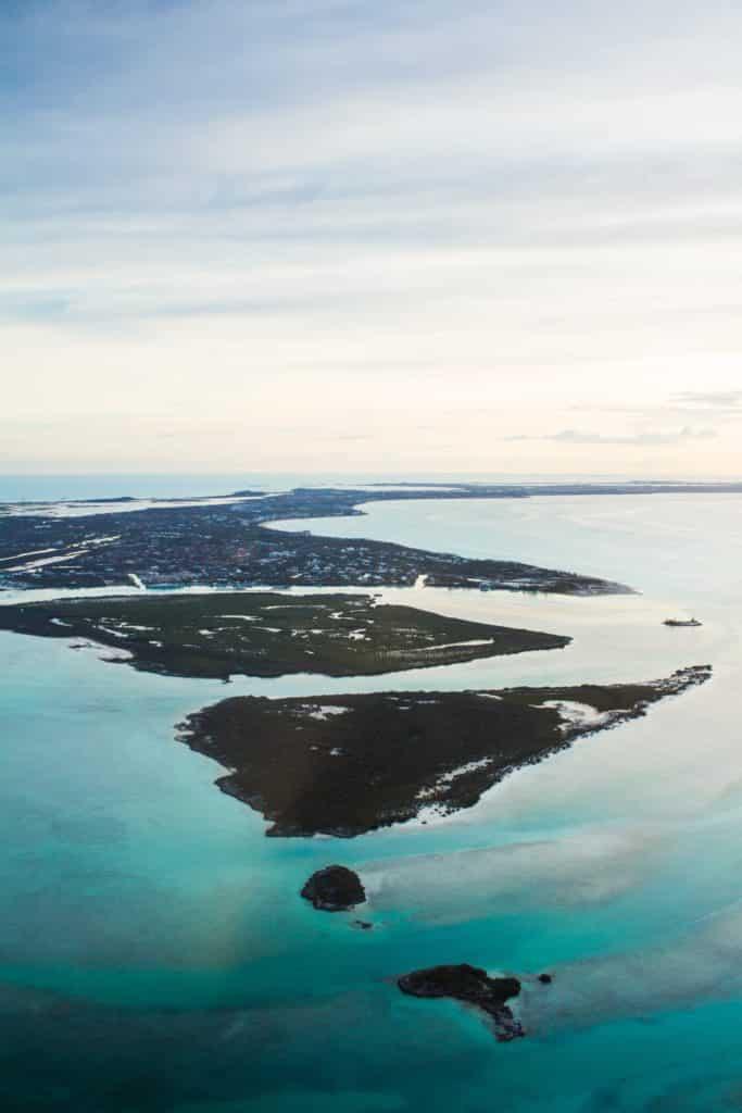 vista aérea das ilhas turcas e caicos