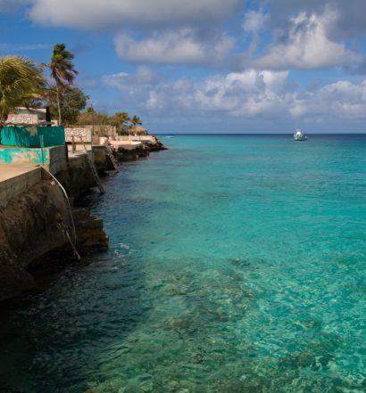 costa litorânea da ilha Bonaire, no caribe