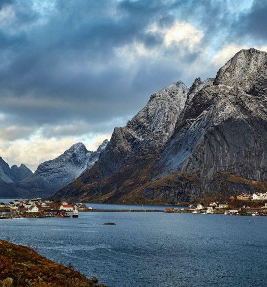 cidade de reine na noruega