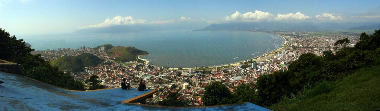 Vista do Morro do Santo Antônio para o mar em Caraguatatuba