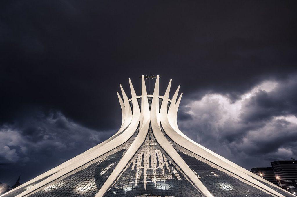 Arquitetura da Catedral Metropolitana de Brasília