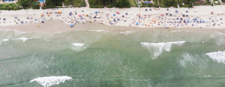 Vista aérea do mar em Juquehy, São Sebastião