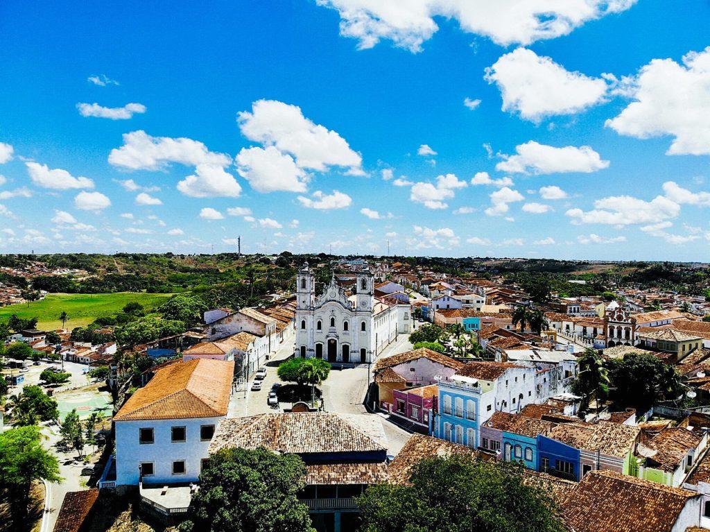 Vista aérea do centrinho histórico de Penedo