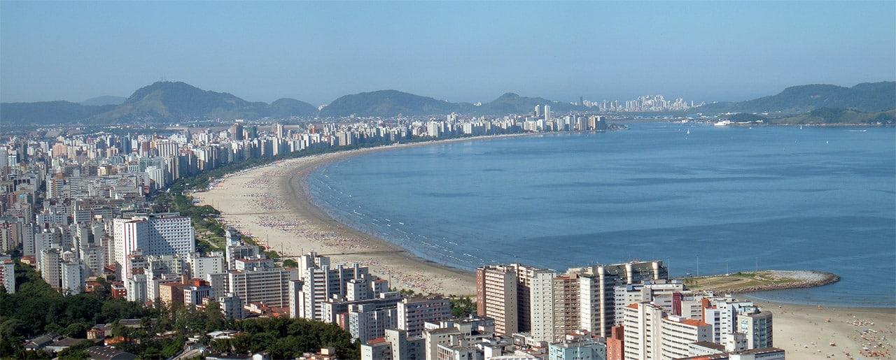 Vista panorâmica da orla da cidade de Santos