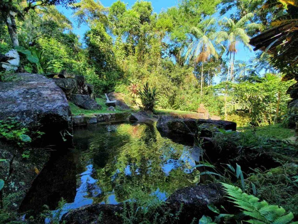 Piscina natural na Casa das Pedras, em Ubatumirim