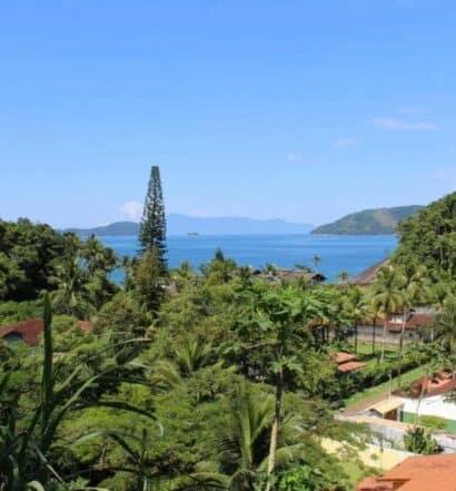Vista da Praia do Lázaro a partir da pousada Casa da Uba Una
