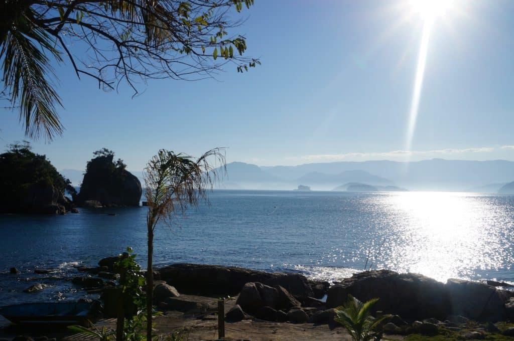 Casa na Ilha Comprida - Ilha das Couves, com vista para o continente em Ubatuba