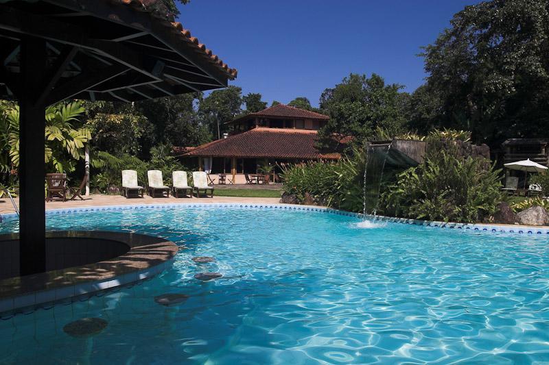 Piscina do Itamambuca Eco Resort