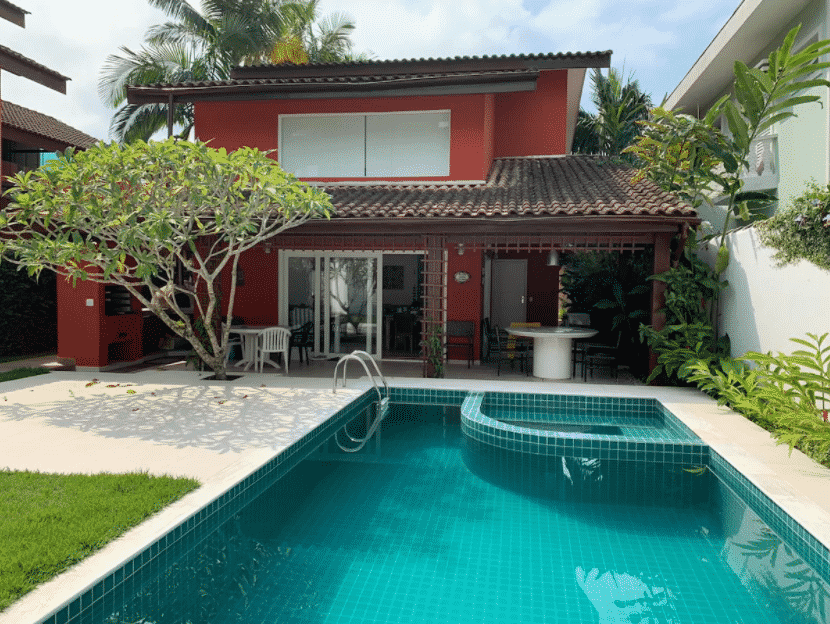 casa ampla com piscina e churrasqueira