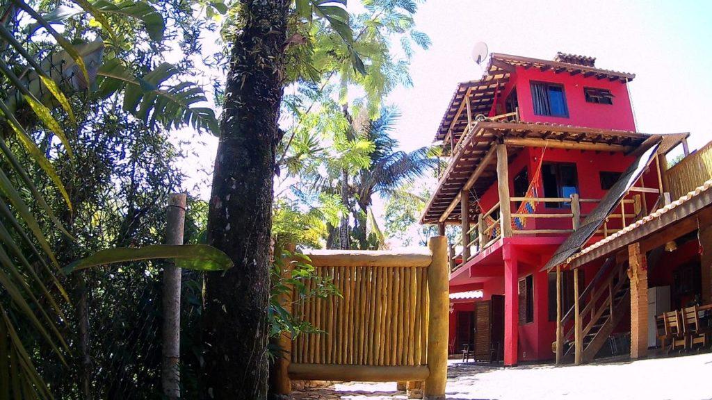Entrada do Mandacaru Chalés e Suítes