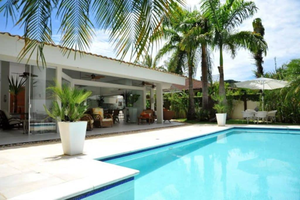 Luxuosa Casa Airbnb na Praia do Engenho