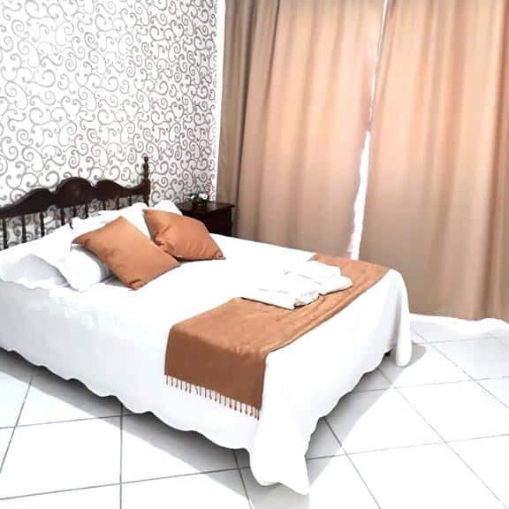 Apartamento espaçoso localizado no Centro de Angra dos Reis - Pousadas em Angra dos Reis