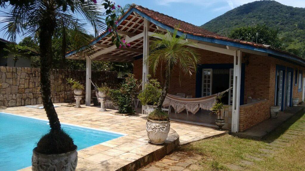 Casa 3 dorm, Piscina, WiFi, Churrasqueira, Suíte