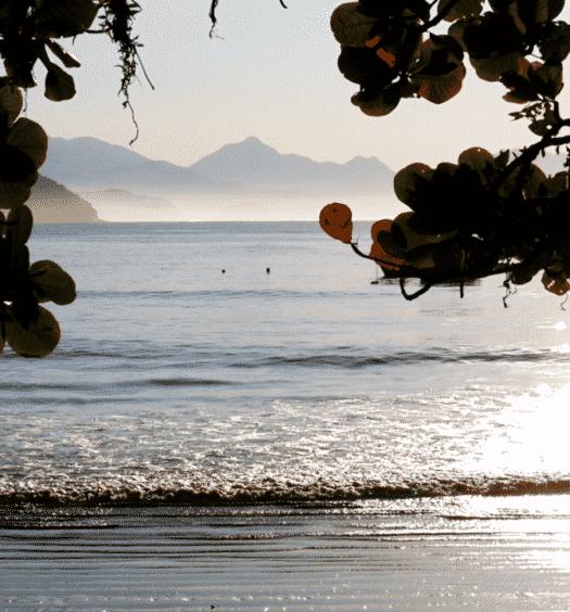 Post de pousadas em Praia do Itaguá, em Ubatuba