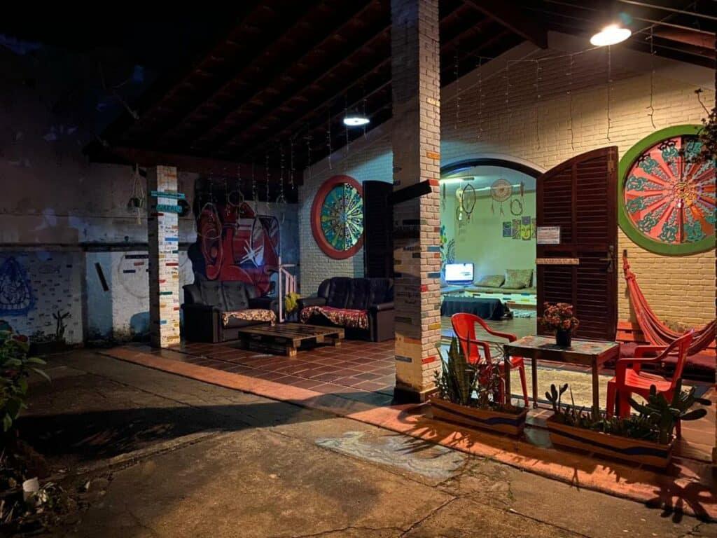 Parte do Hostel Trópico de Capricórnio, uma das alternativas às pousadas em Ubatuba no centro