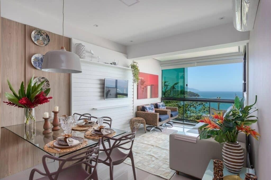 Apartamento com Vista Deslumbrante do Mar em Angra dos Reis