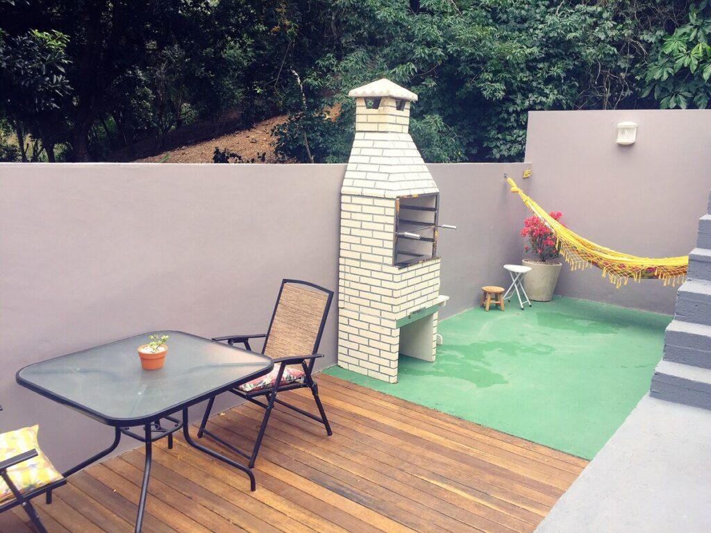 apartamento decorado e com cozinha completa no airbnb de buzios