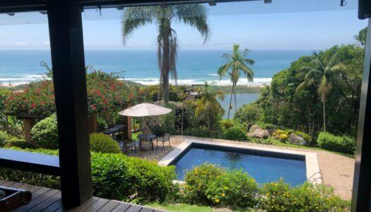 Airbnb na Praia do Rosa – 16 Casas para Alugar que são Imperdíveis