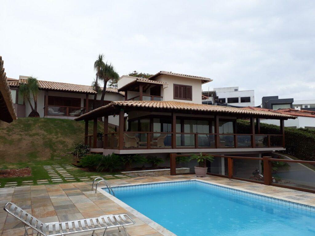 casa airbnb com piscina em escarpas do lago com excelente vista