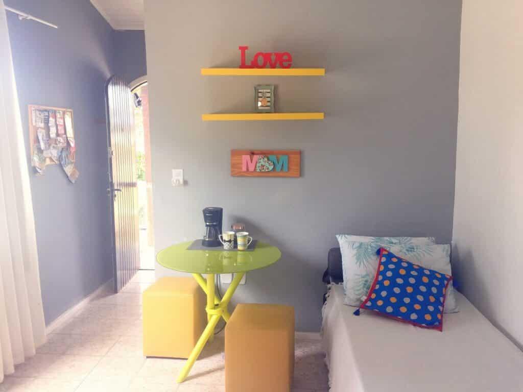 apartamento completo com varanda e cozinha em Búzios
