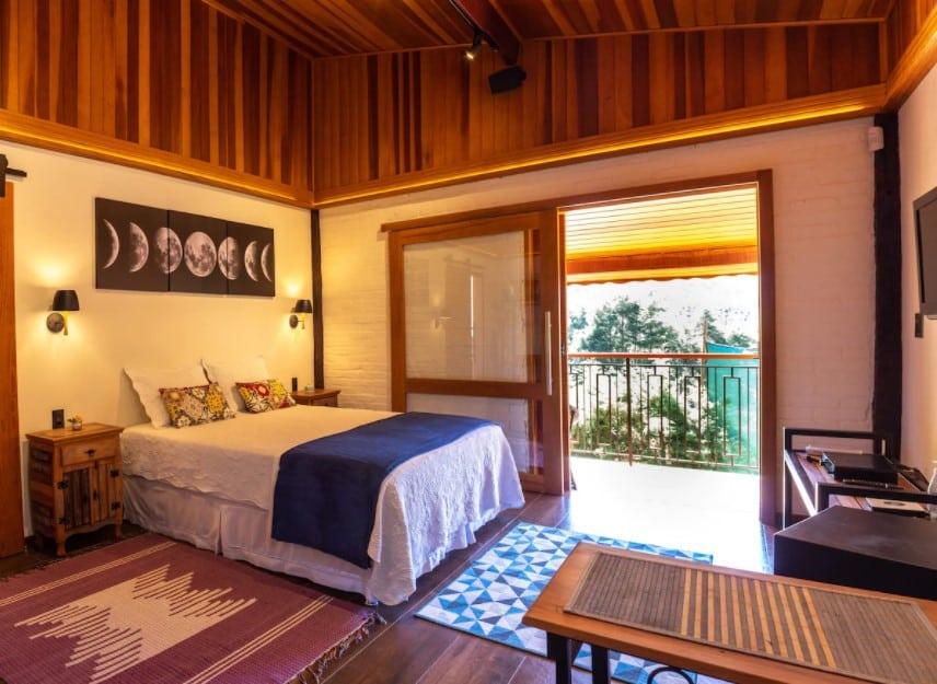 quarto do Chalé Lua Nova em Visconde de Mauá
